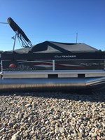 Sun Tracker PARTY BARGE® 16 DLX 2015