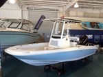Boston Whaler 210 Dauntless 2015