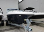 Sea Ray 240 Sundeck Outboard 2016