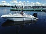 Boston Whaler 170 Dauntless 2014