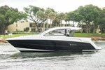 Cruisers Yachts 390 Express Coupe 2015