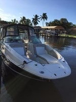 Sea Ray 260 Sundeck 2011