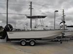 Boston Whaler 210 Montauk 2016