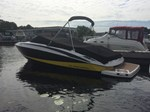 Regal Bowrider 2300 2011