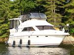 Cruisers Yachts 3750 Motor Yacht Boat for Sale