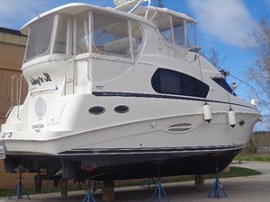 Silverton 35 motor yacht 2003 used boat for sale in for Used outboard motors for sale wisconsin