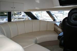 2002 Carver 450 Voyager Photo 23 of 65