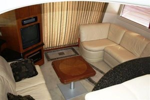 2002 Carver 450 Voyager Photo 22 of 65