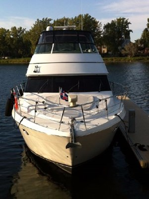 2002 Carver 450 Voyager Photo 4 of 65