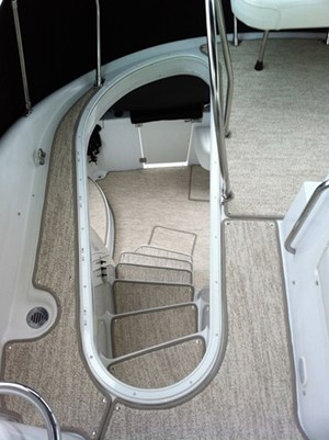 2002 Carver 450 Voyager Photo 19 of 65