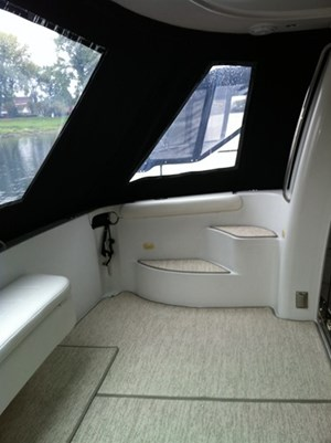 2002 Carver 450 Voyager Photo 12 of 65
