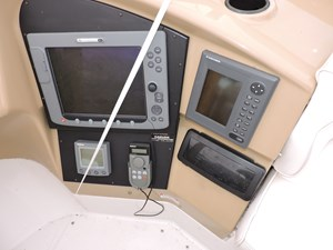 2002 Carver 450 Voyager Photo 44 of 65