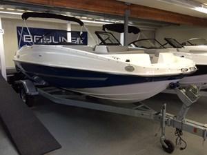 2016 Bayliner 190 Deck Boat Photo 1