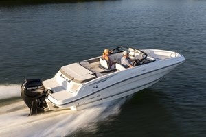 2017 Bayliner VR5 Bowrider Photo 1