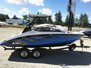 Yamaha 212x 2017 new boat for sale in innisfil ontario for Yamaha 212x review