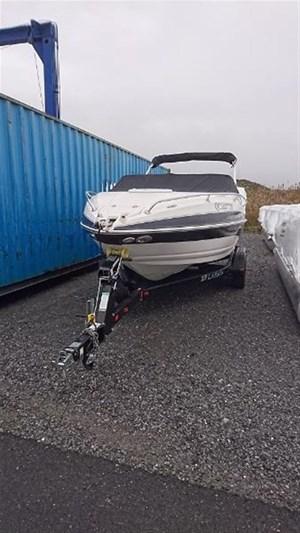 Larson Larson 216 Sc 5 7 Gi 2011 Used Boat For Sale In St