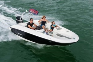 2017 Bayliner Element E16 Photo 1