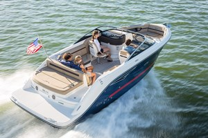 2018 Sea Ray SLX250 Photo 1