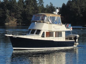 2006 Mainship 34 Trawler Photo 1