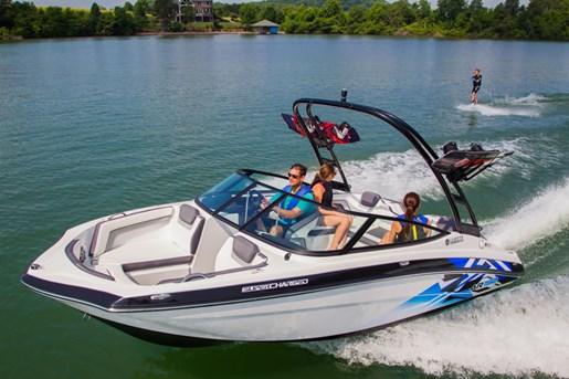 2016 yamaha sport boats toronto international boat show for Yamaha dealers in arkansas