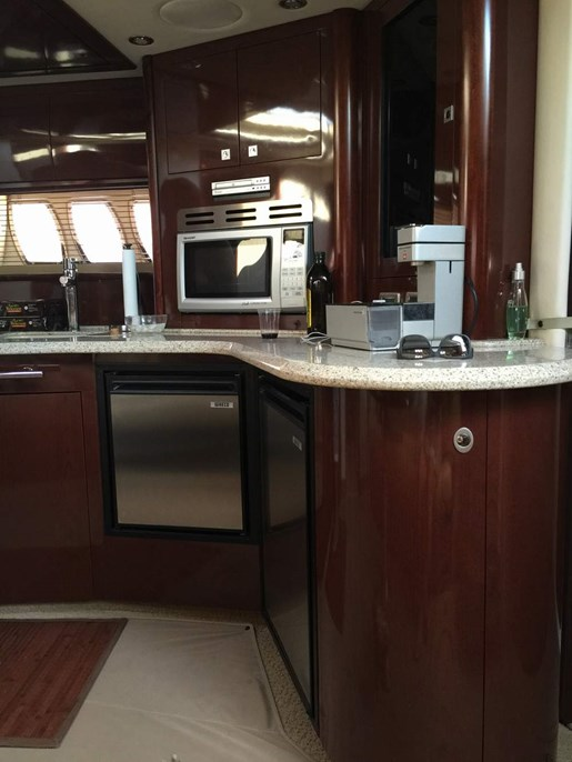 2008 Sea Ray 44 Sundancer | 15 of 19