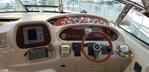 2001 Sea Ray boat for sale, model of the boat is 380 Sundancer M/C & Image # 4 of 19