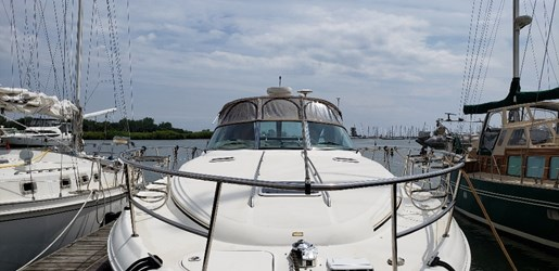 2001 Sea Ray boat for sale, model of the boat is 380 Sundancer M/C & Image # 2 of 19