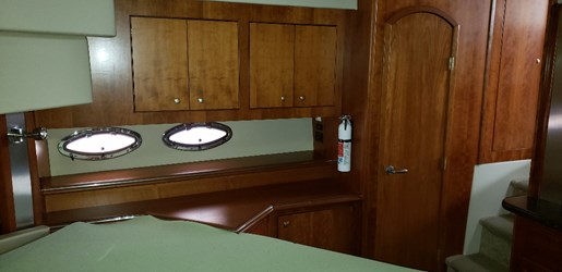 2008 Cruisers Yachts boat for sale, model of the boat is 455 Express Motor Yacht & Image # 20 of 33