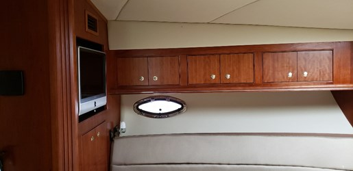 2008 Cruisers Yachts boat for sale, model of the boat is 455 Express Motor Yacht & Image # 29 of 33