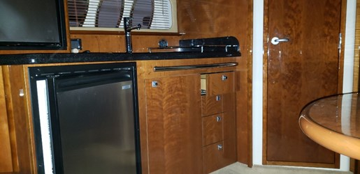 2010 Sea Ray boat for sale, model of the boat is 390 Sundancer & Image # 15 of 27