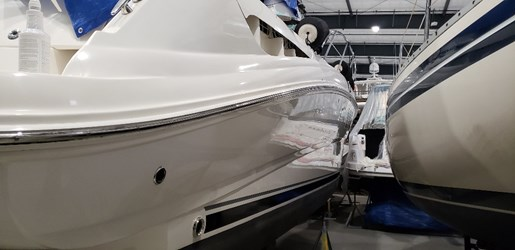 2010 Sea Ray boat for sale, model of the boat is 390 Sundancer & Image # 3 of 27