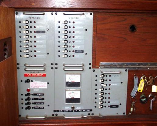 1982 C&C 40 Custom Centerboard Photo 4 of 29