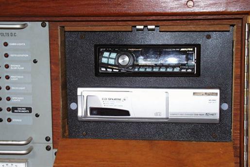 1982 C&C 40 Custom Centerboard Photo 5 of 29