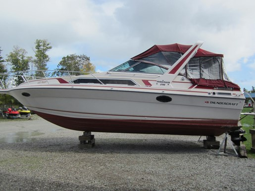 thundercraft magnum 290 1988 used boat for sale in washago ontario rh boatdealers ca 1989 Cobalt Boat 1989 Cobalt Boat