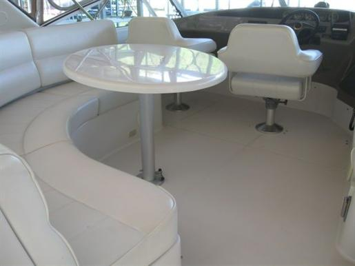 1999 Carver Voyager 450 - Pilothouse Photo 3 of 34