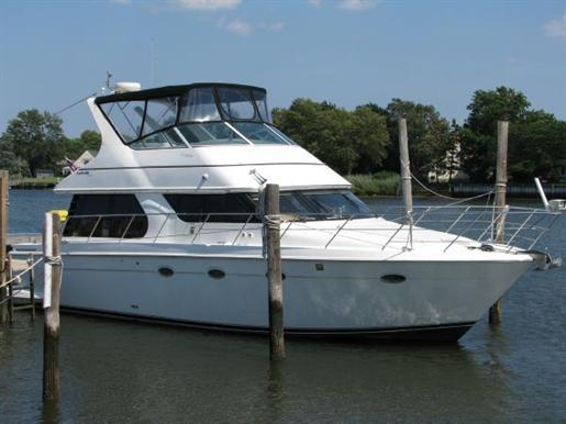 1999 Carver Voyager 450 - Pilothouse Photo 31 of 34