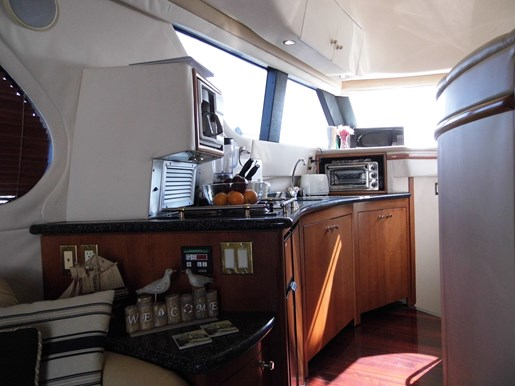 1999 Carver Voyager 450 - Pilothouse Photo 24 of 34