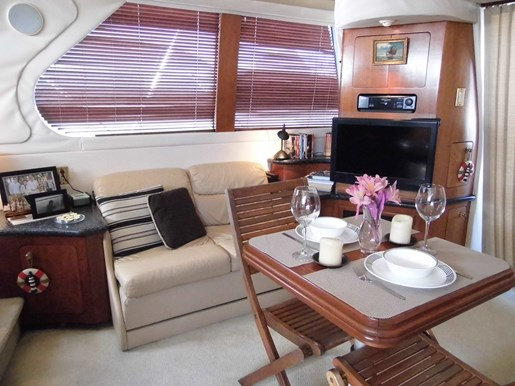 1999 Carver Voyager 450 - Pilothouse Photo 18 of 34