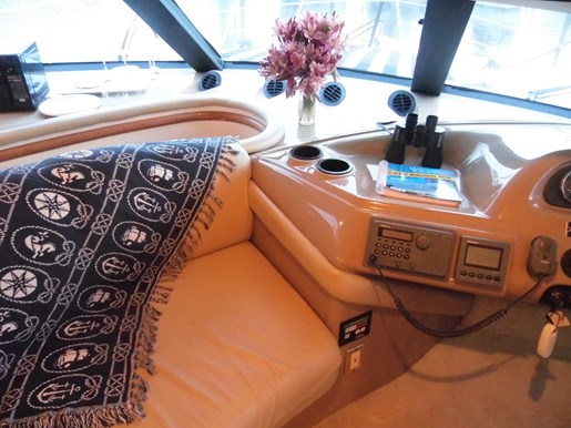 1999 Carver Voyager 450 - Pilothouse Photo 13 of 34