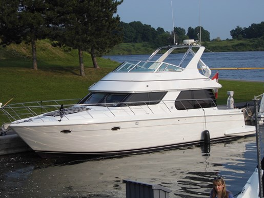 1999 Carver Voyager 450 - Pilothouse Photo 34 of 34