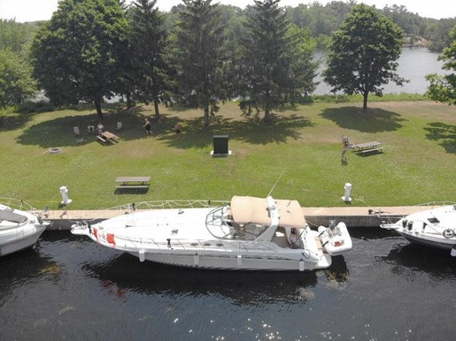 1996 Sea Ray boat for sale, model of the boat is 400 Express & Image # 2 of 26