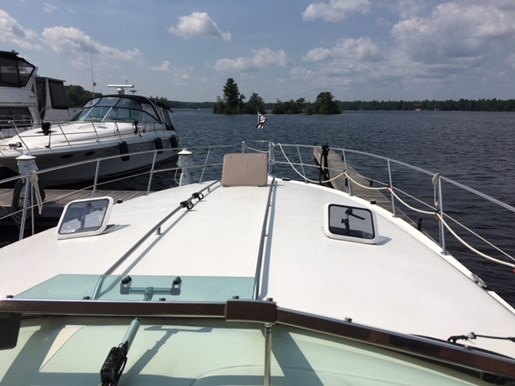 1996 Sea Ray boat for sale, model of the boat is 400 Express & Image # 4 of 26