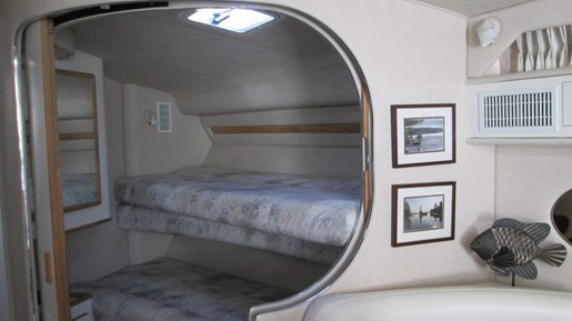 1996 Sea Ray boat for sale, model of the boat is 400 Express & Image # 16 of 26