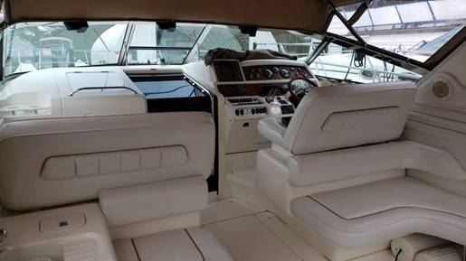1996 Sea Ray boat for sale, model of the boat is 400 Express & Image # 9 of 22
