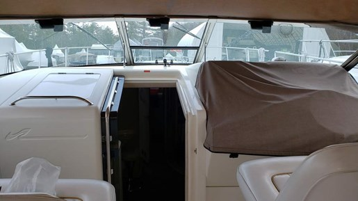 1996 Sea Ray boat for sale, model of the boat is 400 Express & Image # 11 of 22