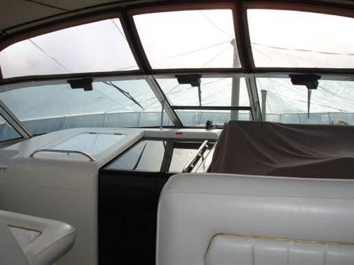 1996 Sea Ray boat for sale, model of the boat is 400 Express & Image # 8 of 26