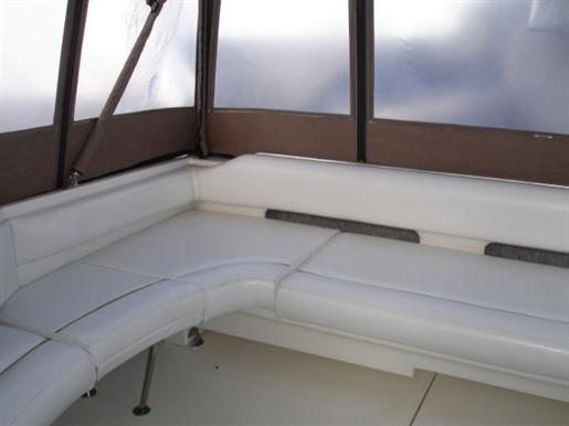 1996 Sea Ray boat for sale, model of the boat is 400 Express & Image # 10 of 26