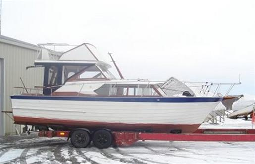 Chevy Dealers In Ma >> Chris-Craft Chris Craft Corinthian Express Cruiser 1964 ...