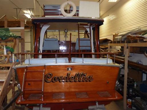 Chevy Dealers In Ma >> Chris-Craft Chris Craft Corinthian Express Cruiser 1964 ...