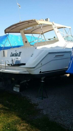 1993 Sea Ray boat for sale, model of the boat is 370 Sundancer & Image # 2 of 5